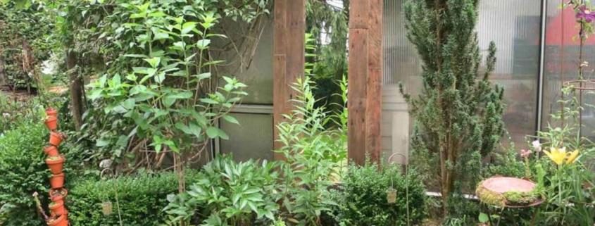 Gartenspiegel aus alten Paletten DIY