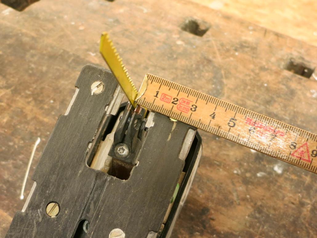 Stichsäge Abstand messen für Anschlag